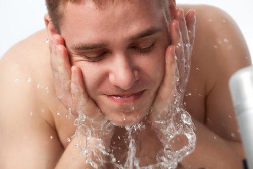 美白 男 洗顔