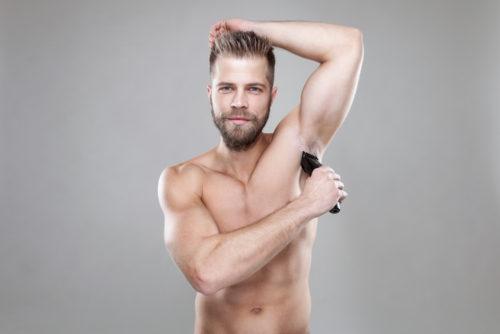 男性 脇毛 処理 電気シェーバー